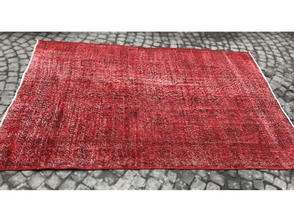red turkish rug
