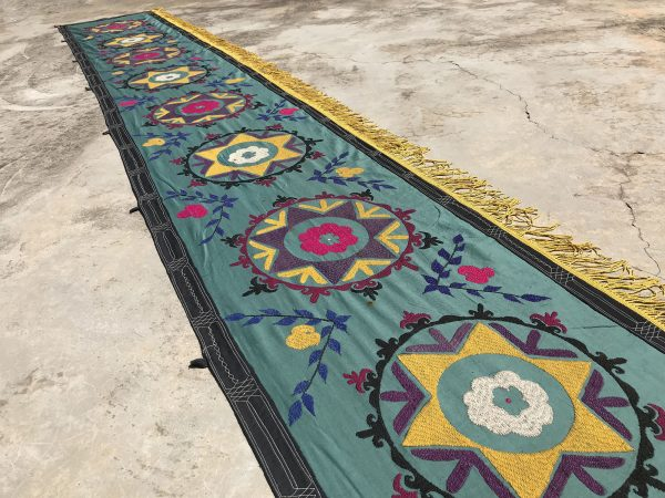 long table runner