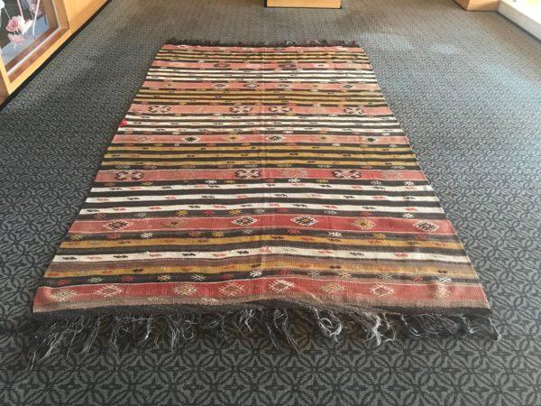 oversized kilim rug